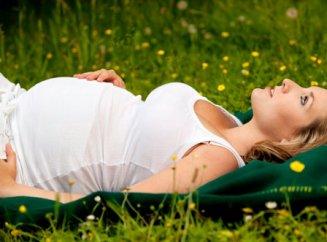 комары кусают беременных женщин